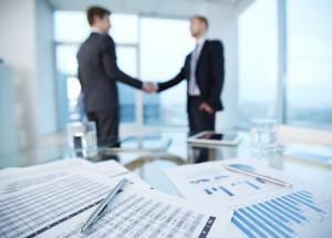Transactional Law, Transaktionsrecht, Unternehmensgründung, Vertragsgestaltung und Überprüfung von Vereinbarungen, Immobiliengeschäfte